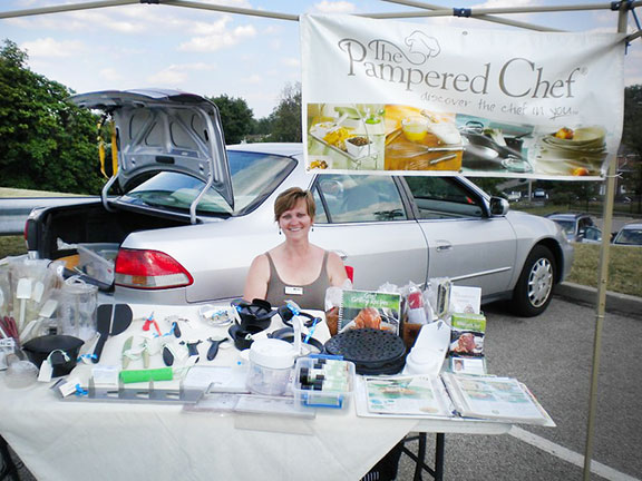 selling pampered chef at a market